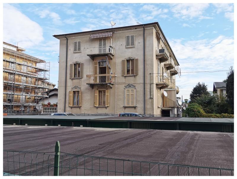 Vendita Trilocale Appartamento Arona Via Vittorio Veneto 251543