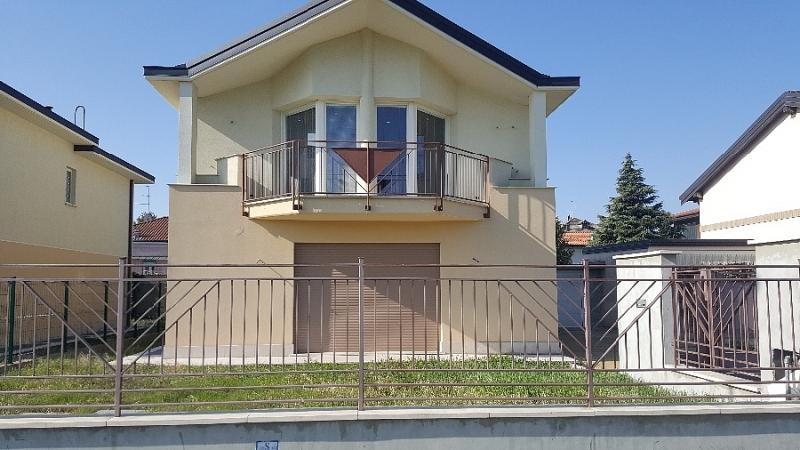 Vendita Villa unifamiliare Casa/Villa Cerro Maggiore Via Giuseppe Saragat n.39 213157