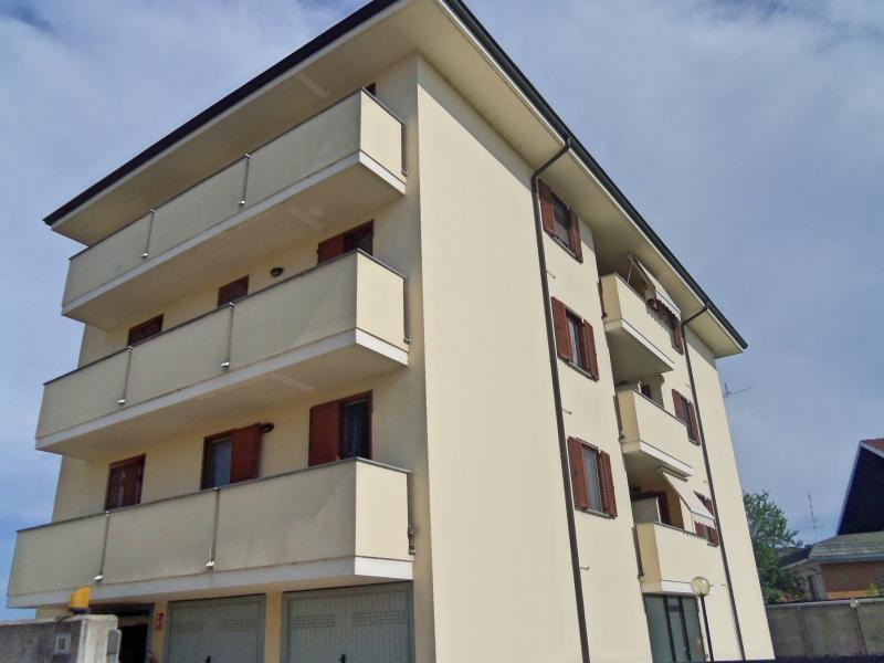Vendita Trilocale Appartamento Cerano 69526