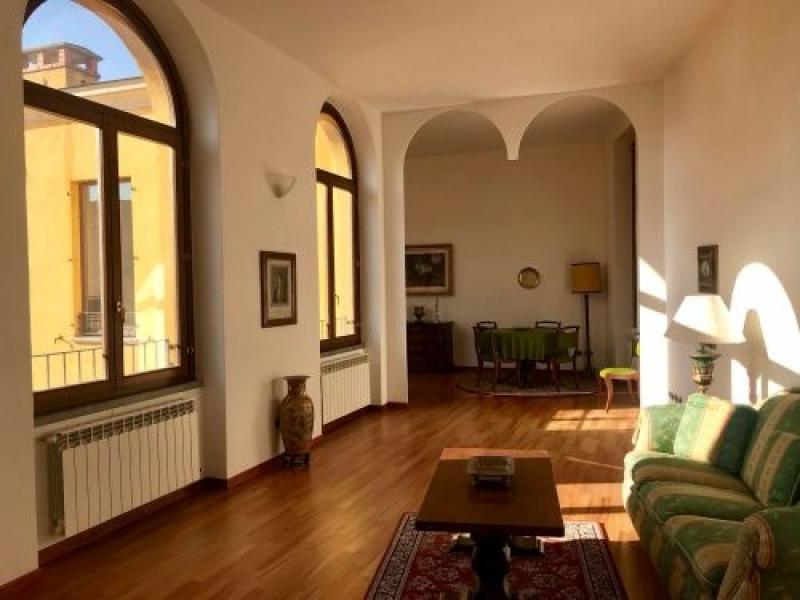 Vendita Quadrilocale Appartamento Appiano Gentile via Abate G. Pozzone 256497