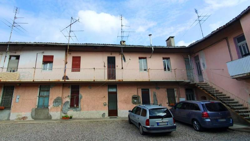 Vendita Trilocale Appartamento Arconate Via Roma 254842
