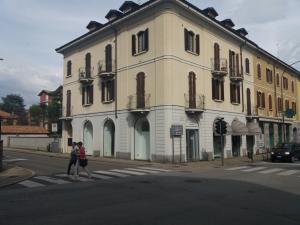 Nuovo negozio  in affitto - 140 mq