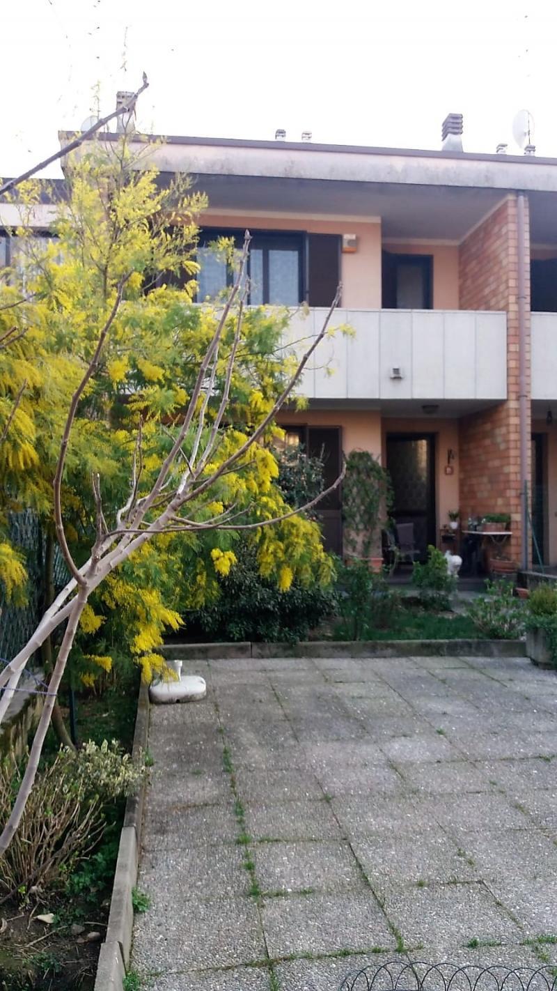 Vendita Casa Indipendente Casa/Villa Novara 110576