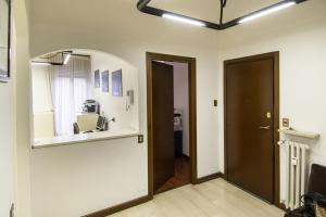 Ufficio diviso in ambienti/locali in vendita - 125 mq