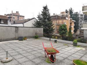 Ristorante/Pizzeria/Asporto in vendita - 300 mq