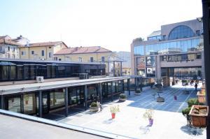 Ufficio diviso in ambienti/locali in vendita - 84 mq