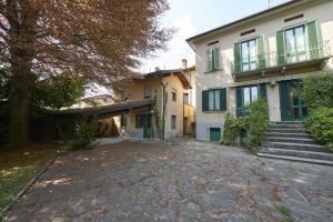 Villa unifamiliare in vendita - 610 mq