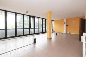 Ufficio open space in vendita - 110 mq