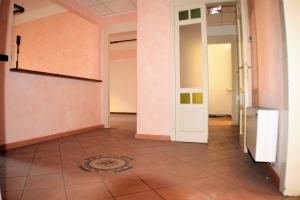 Ufficio diviso in ambienti/locali in vendita - 247 mq