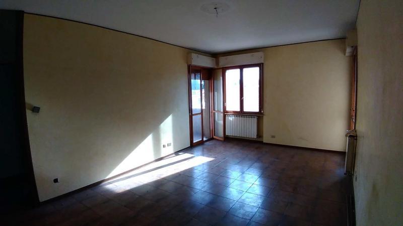 Vendita Quadrilocale Appartamento Legnano 180339