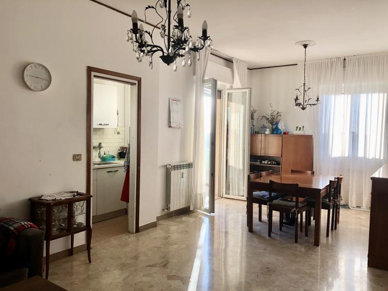 Vendita Trilocale Appartamento Cogliate Via IV Novembre 251483