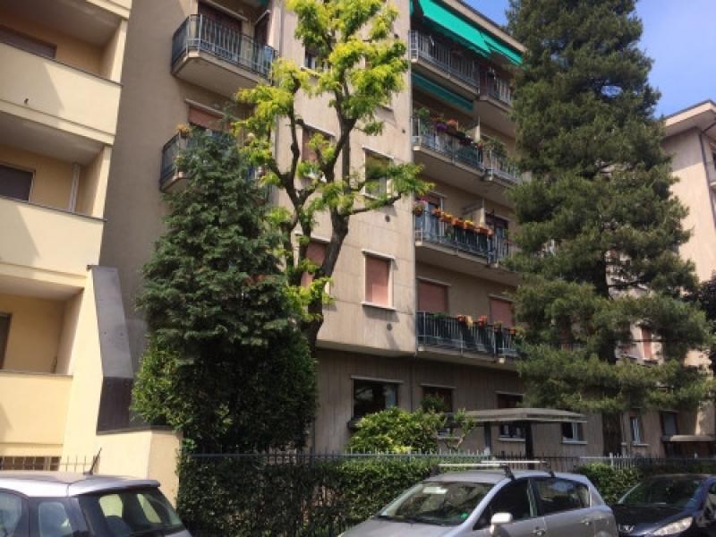 Vendita Trilocale Appartamento Legnano via vespucci, 29 182112
