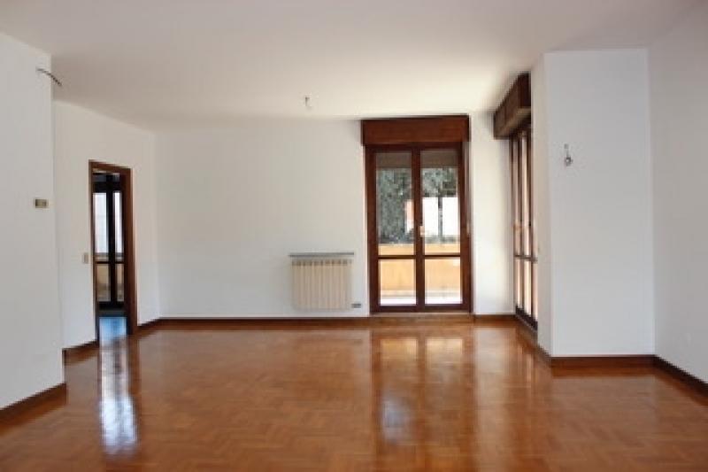 Vendita Trilocale Appartamento Legnano via Monte Nevoso 45 198820