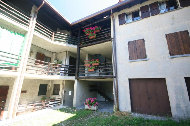 Vendita Bilocale Appartamento Longone al Segrino segrino 221386