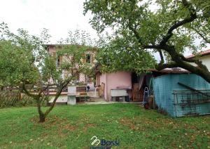 Villa unifamiliare in vendita - 155 mq