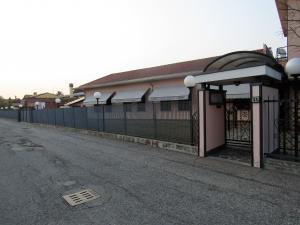 Ristorante/Pizzeria/Asporto in vendita - 500 mq