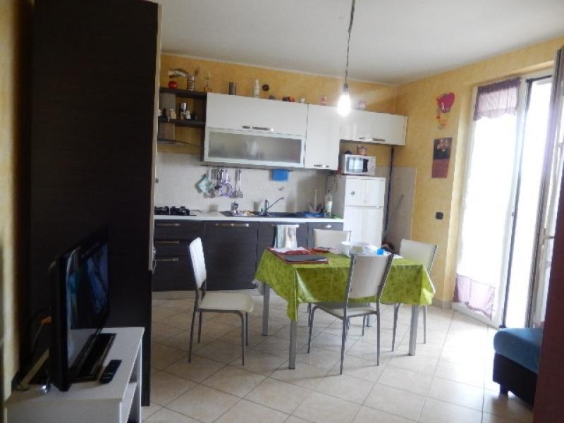 Vendita Trilocale Appartamento Cerano 21205