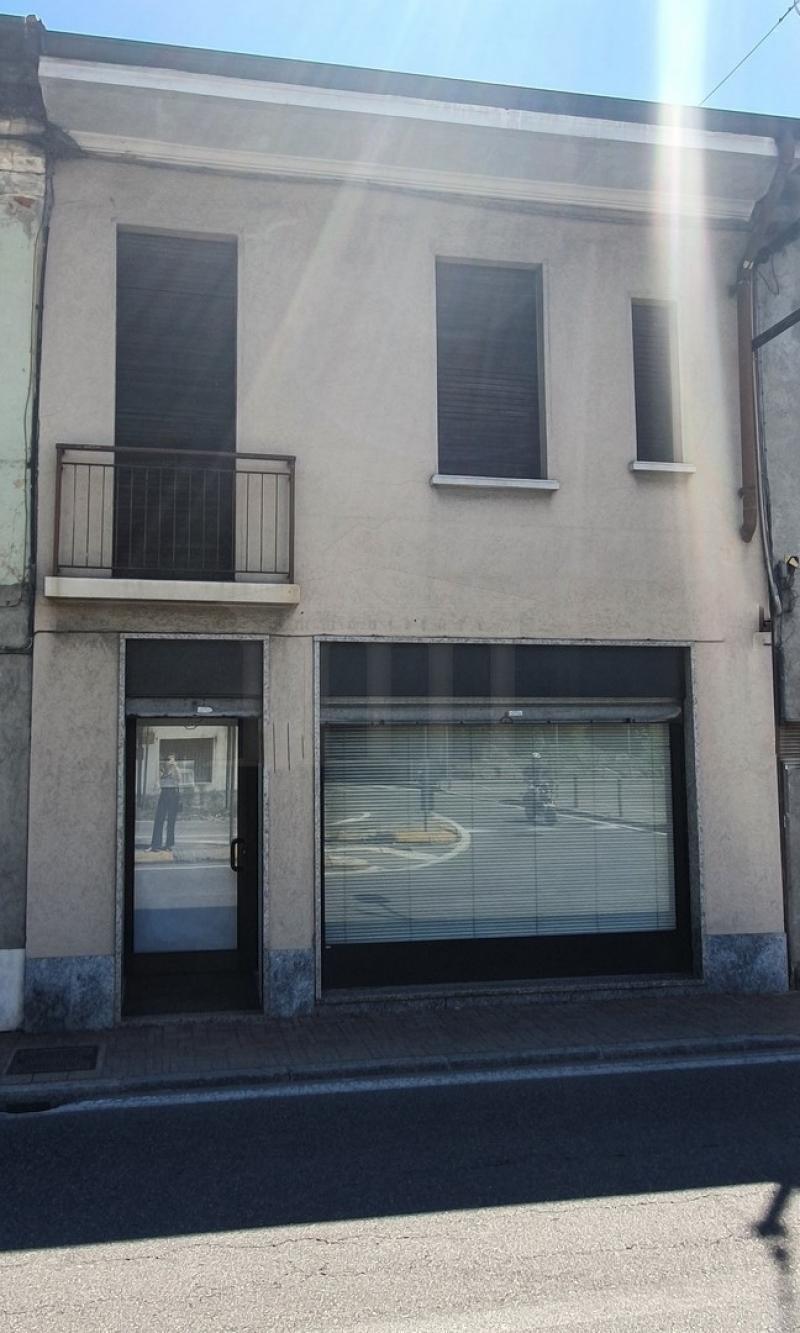 Vendita Negozio Commerciale/Industriale Cavaria con Premezzo via Scipione Ronchetti 217775