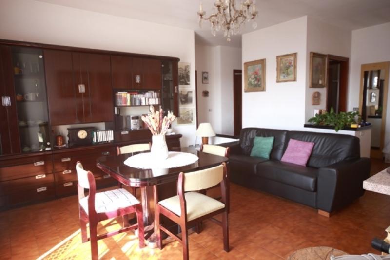 Vendita Trilocale Appartamento Cerano Via Giacomo Leopardi 6 191604