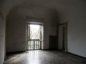 Ufficio diviso in ambienti/locali in affitto - 170 mq