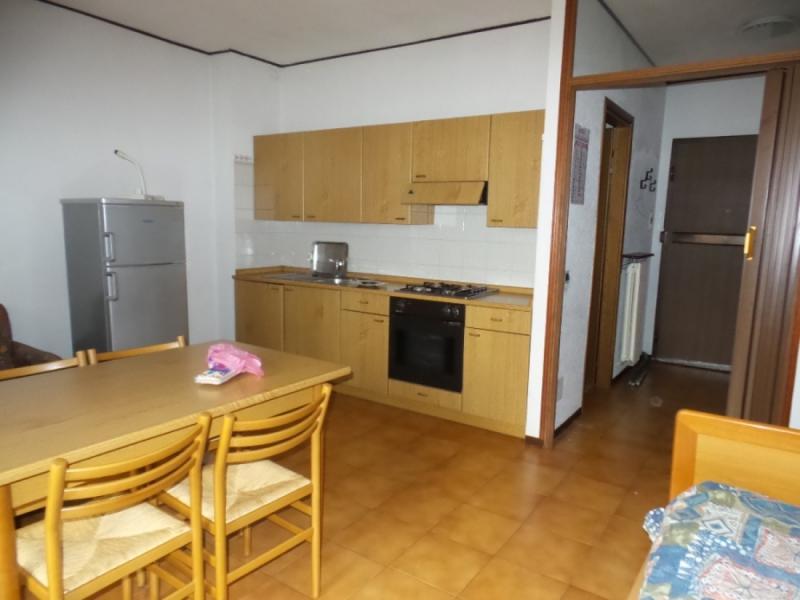 Divano Angolare A Borgomanero.Appartamento Monolocale Di 40mq In Affitto A Borgomanero 9527