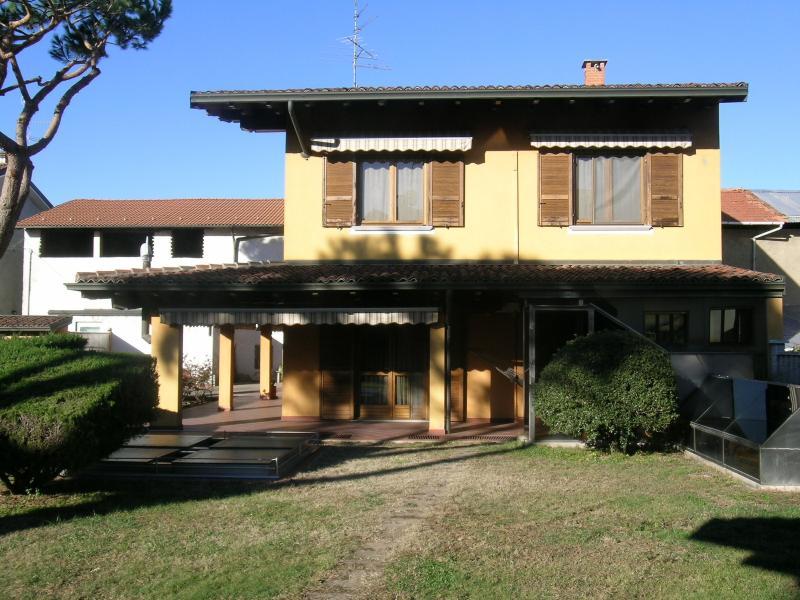 Vendita Villa unifamiliare Casa/Villa Bellinzago Novarese VIA TICINO 24128