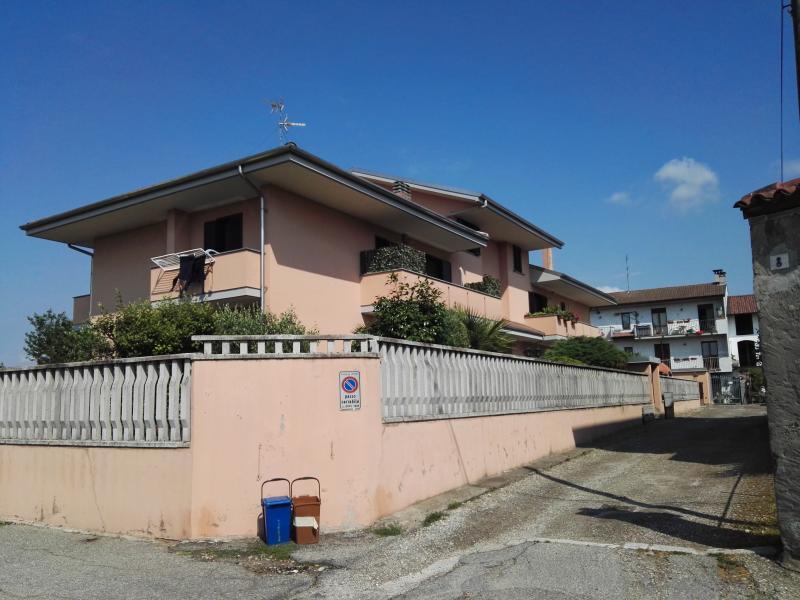 Vendita Quadrilocale Appartamento Cerano Via Izzano 24 219118